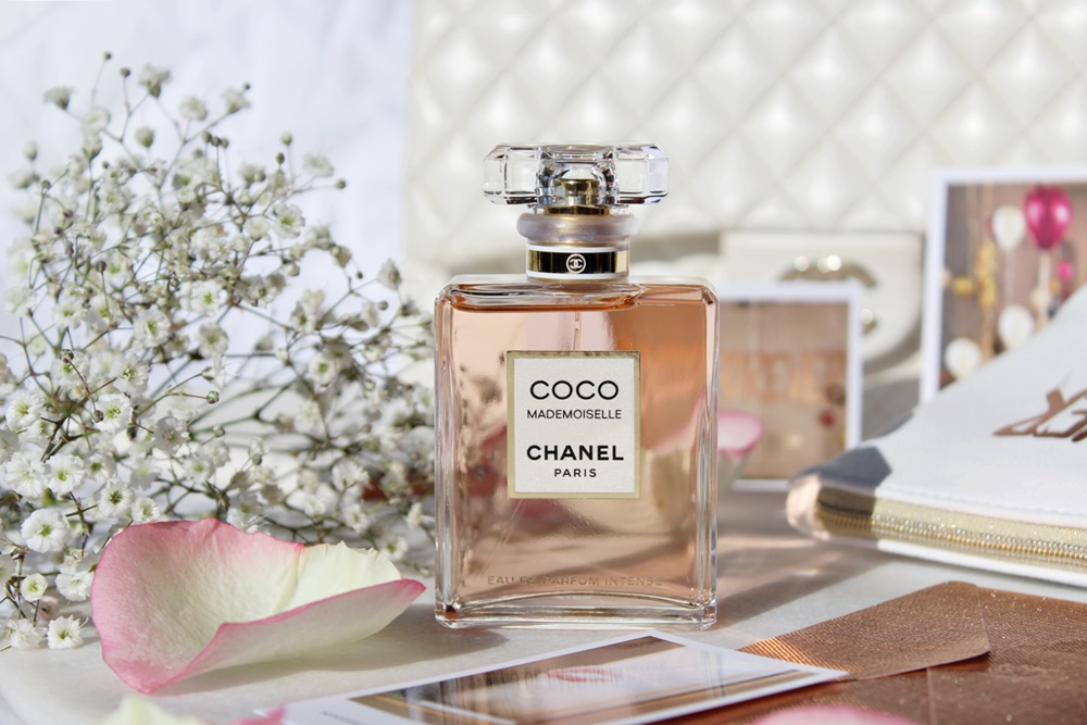 Coco mademoiselle Eau de Parfum Intense Chanel profono Keira Knightley Kate on Beauty