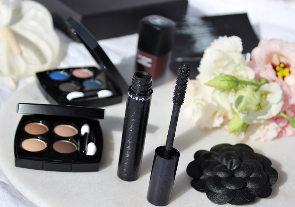 Le Volume Révolution de Chanel mascara 3D MAKEUP KATE ON BEAUTY