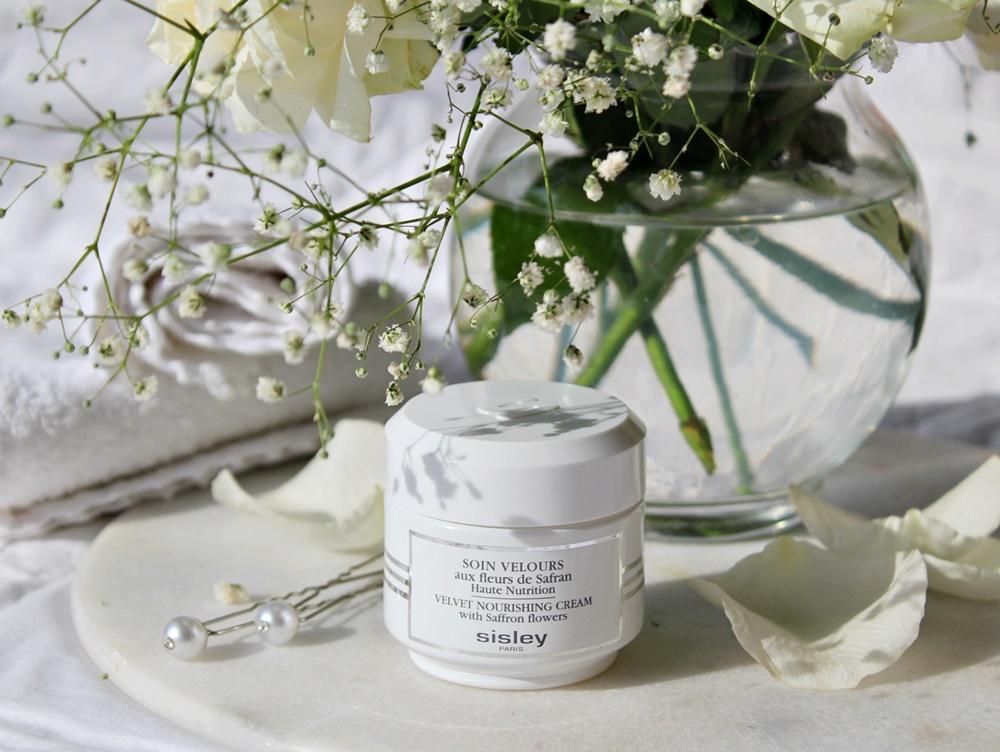 soin velours aux fleurs de safran velvet nourishing cream kate on beauty
